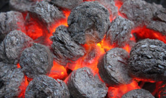 how many charcoal briquettes to use for 250 degrees